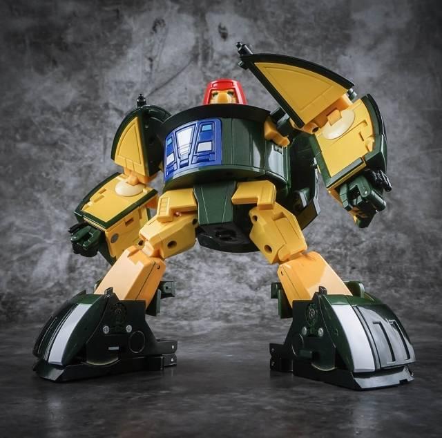X-Transbots MM-9+ Klaatu Metallic Version