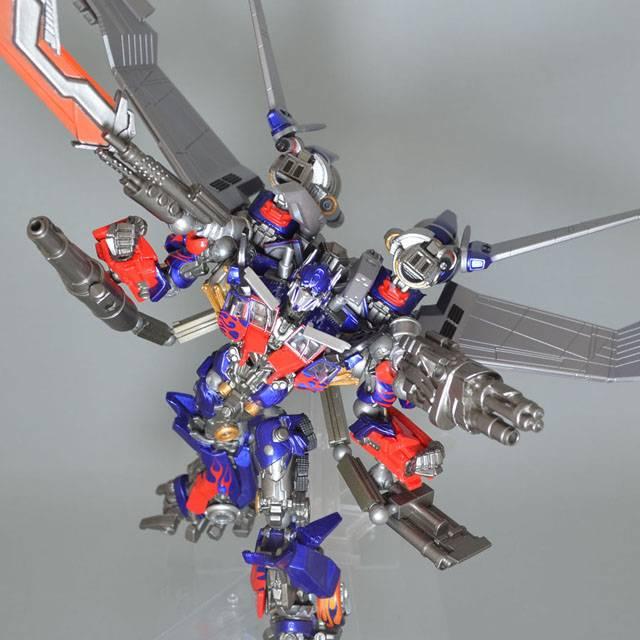 Sci Fi Transformer : Revoltech sci fi transformers dotm optimus prime dx