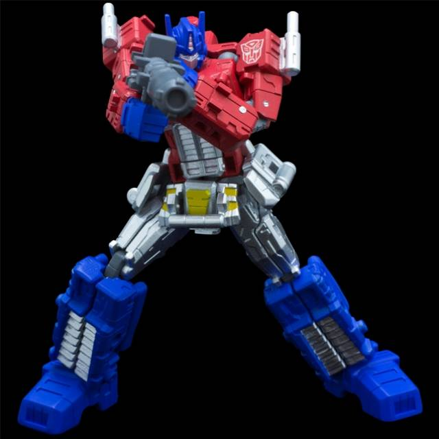 Jouets Transformers Crossover (Croisement) transformable ― Marvel, Star Wars, Street Fighter, Ghostbusters, etc - Page 4 Reduced-galery_image_8852_12923