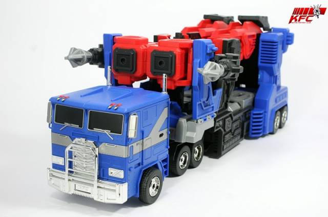 [KFC Toys] Produit Tiers - Citizen Stack, aka Ultra Magnus/Ultramag - Page 2 Reduced-galery_image_9211_13551
