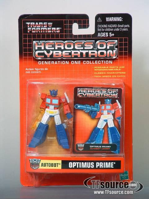 Heroes of Cybertron - Optimus Prime with Plasma Weapon