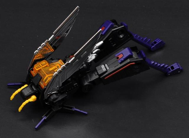 BadCube - OTS-07 Kickbutt - Collector's Edition