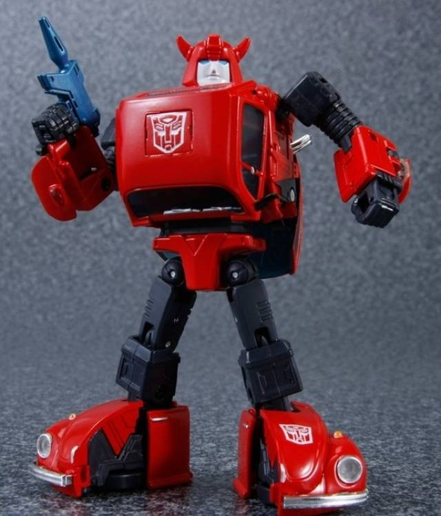 MP-21R - Masterpiece Red Bumblebee