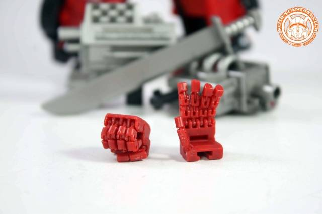 KFC - KP-10G Posable Hands for MP-12G G2 Sideswipe