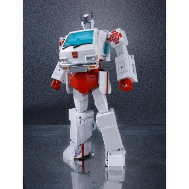 MP-30 Masterpiece Ratchet - MISB