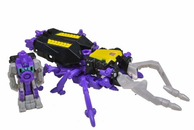 Transformers 2014 - Generations - Shrapnel w/ reflector - Loose 100% complete