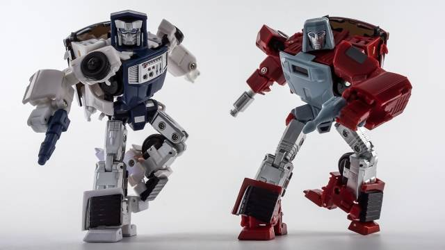 X-Transbots MM-VI Boost and MM-VII Hatch (Toy Version)