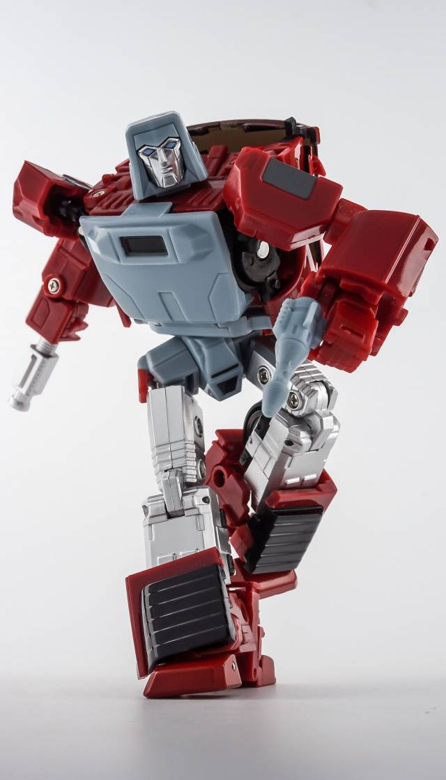 X-Transbots MM-VI Boost (Toy Version)