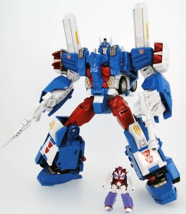 Transformers Legends Series - LG14 Ultra Magnus w/ Alpha Trion Mini Figure - MIB