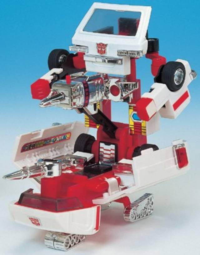 Takara G1 Reissue Series - Encore #06 Ratchet