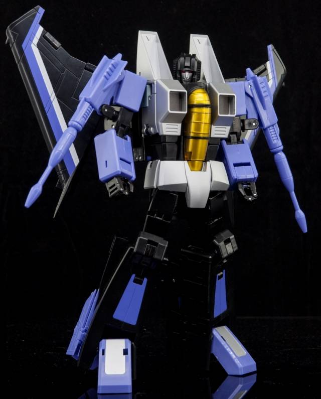 Make Toys - MTRM-12 Skycrow