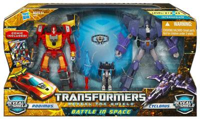 Transformers 2011 - Battle in Space - Hot Rod vs. Cyclonus
