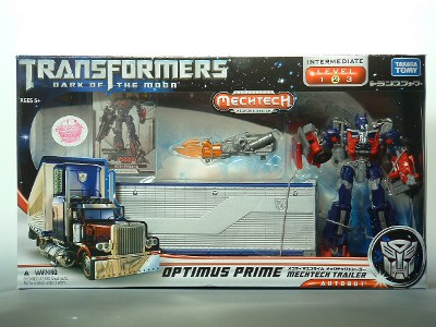 DOTM - Transformers - DA-03 Optimus Prime with Mechtech Trailer