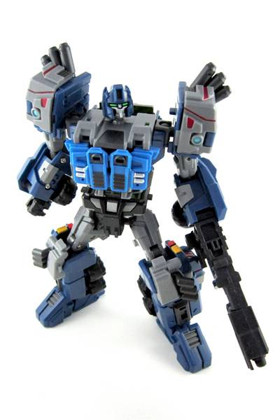 Warbot - WB002 - Steelcore - by Fansproject