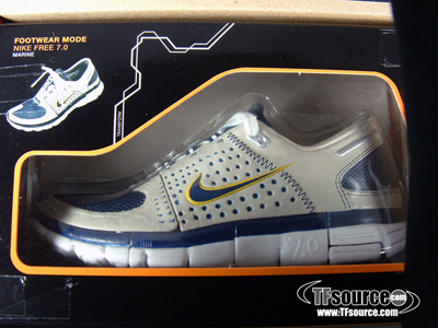 Convoy Marine Color Version (Nike Free 7.0) Transformers Toys