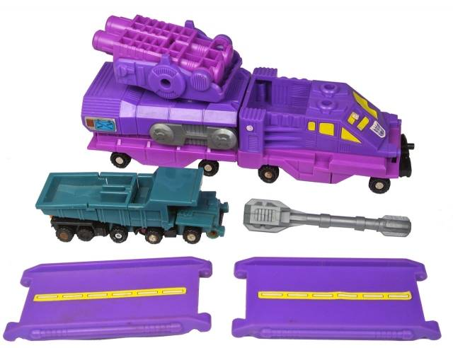Transformers G1 - Cannon Transport - Loose - Missing 1 cannon