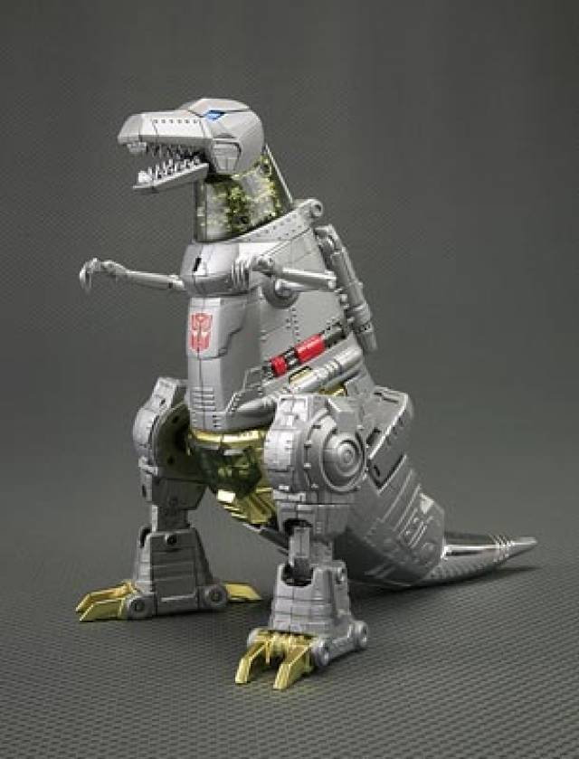 MP-08 Masterpiece Grimlock - Asia Exclusive with Flame Sword & Crown Coin