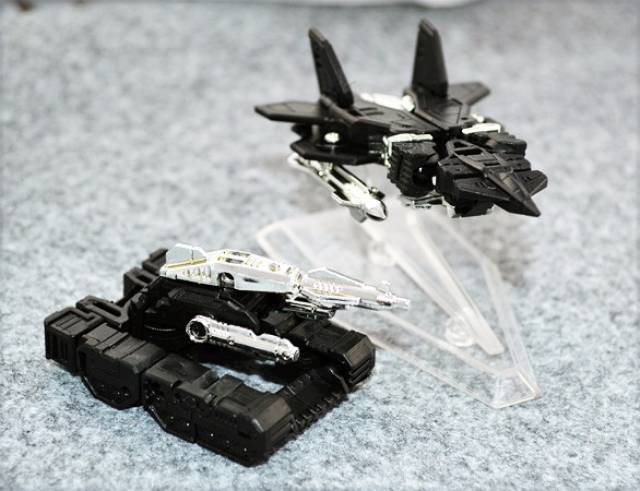 KFC - CST-05B & CTS-06B Airdancer Set of Jetdancer & Slamtank - Black Version