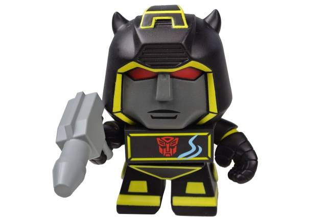 Loyal Subjects - Transformers 3'' Vinyl Figure - Series 01 - Bumblebee Chase Figure