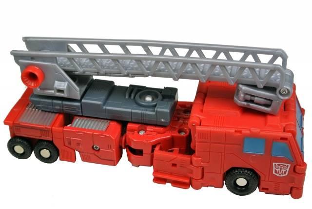 Titanium  - Robots In Disguise - Optimus Prime - Loose