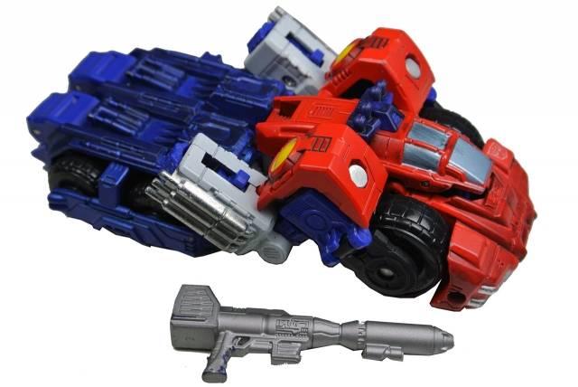 Titanium - Optimus Prime - War Within - Loose