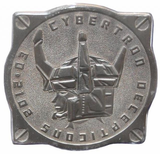 MP-11 Masterpiece Starscream Coin