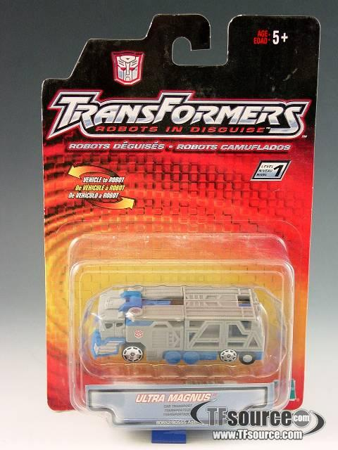 Robots in Disguise - Spy Changer - Ultra Magnus - MOSC