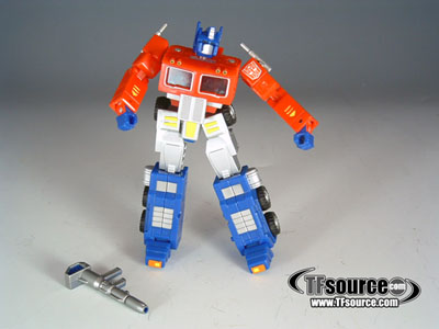 RM-01 Robot Masters Optimus Prime / Convoy