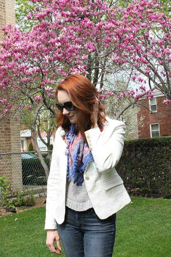 A simple outfit from That Redhead, under the magnolia tree.