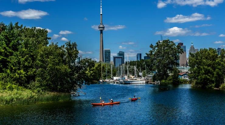American alternative Toronto Canada, great for African American women