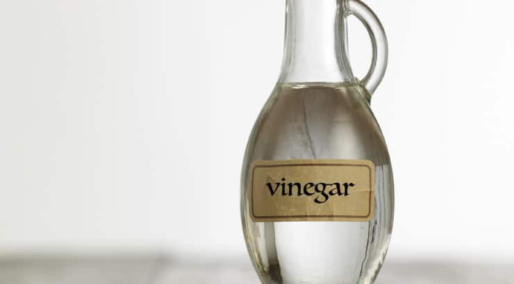 Vinegar Combined With Dishwashing Soap And Nail Polish Remover Can Remove Permanent Dye From The Skin