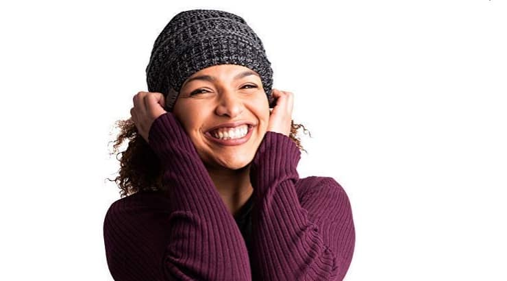 Beanies with satin lining help protect the hair from breaking off.
