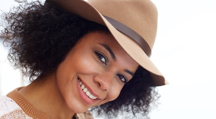 Best Hats For Natural Hair, & What To Look For In These Fro Hats