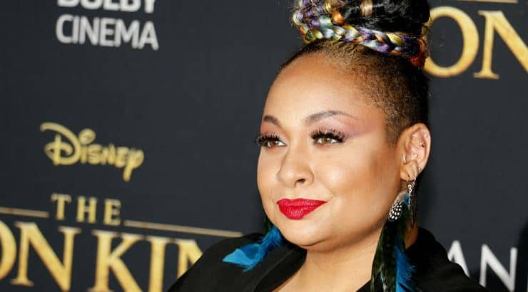 Raven-Symone is a lesbian actress who has appeared in The Cosby Show and Hangin' with Mr. Cooper.