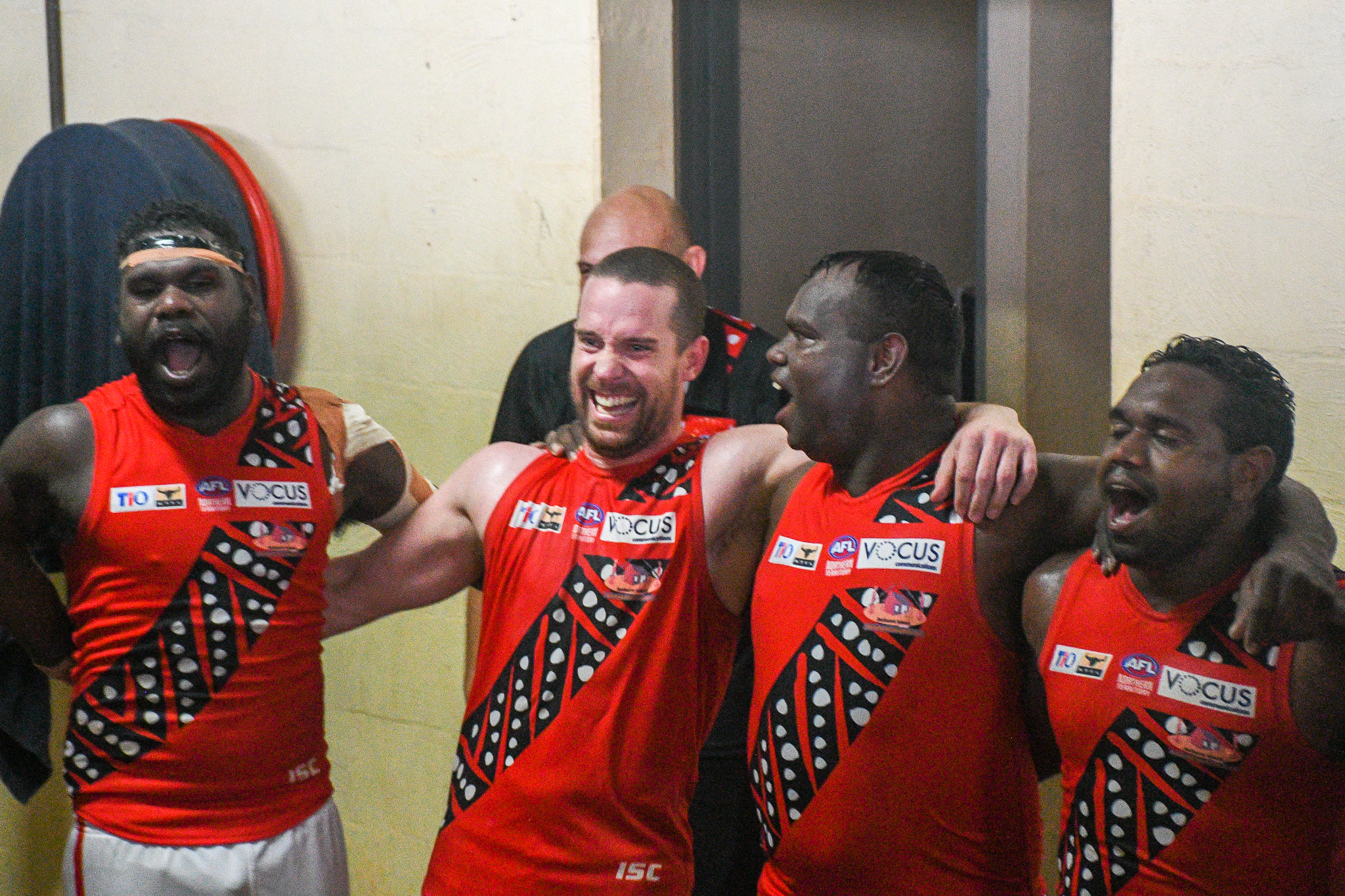 Whitefella dreaming of a flag in the top end with the Tiwi Bombers
