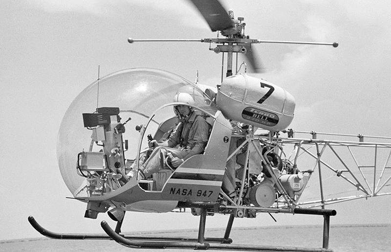 Cernan in a NASA Bell 47G-photo via