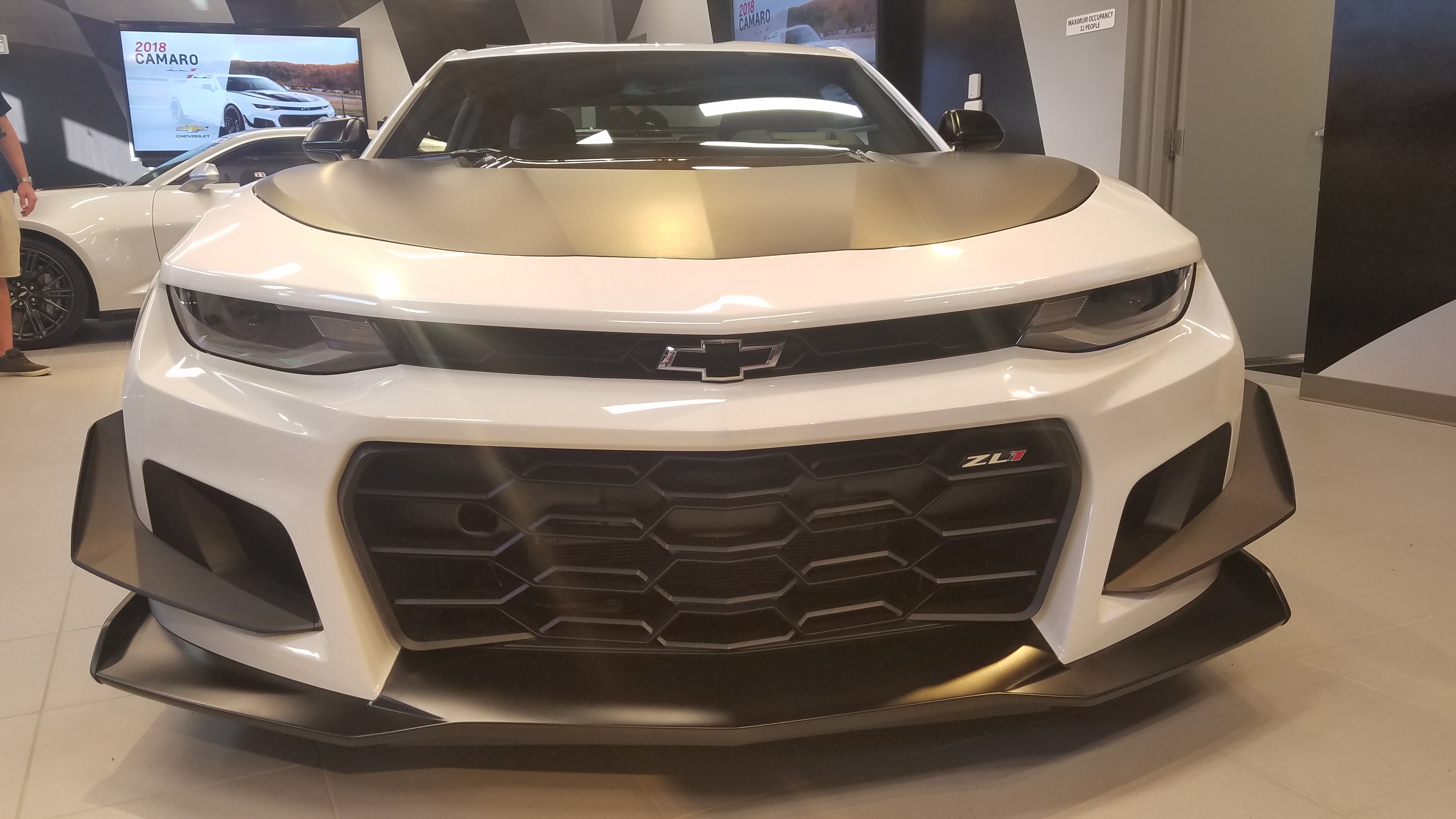 Chevrolet Reveals Camaro Zl1 1le Surely The Fastest