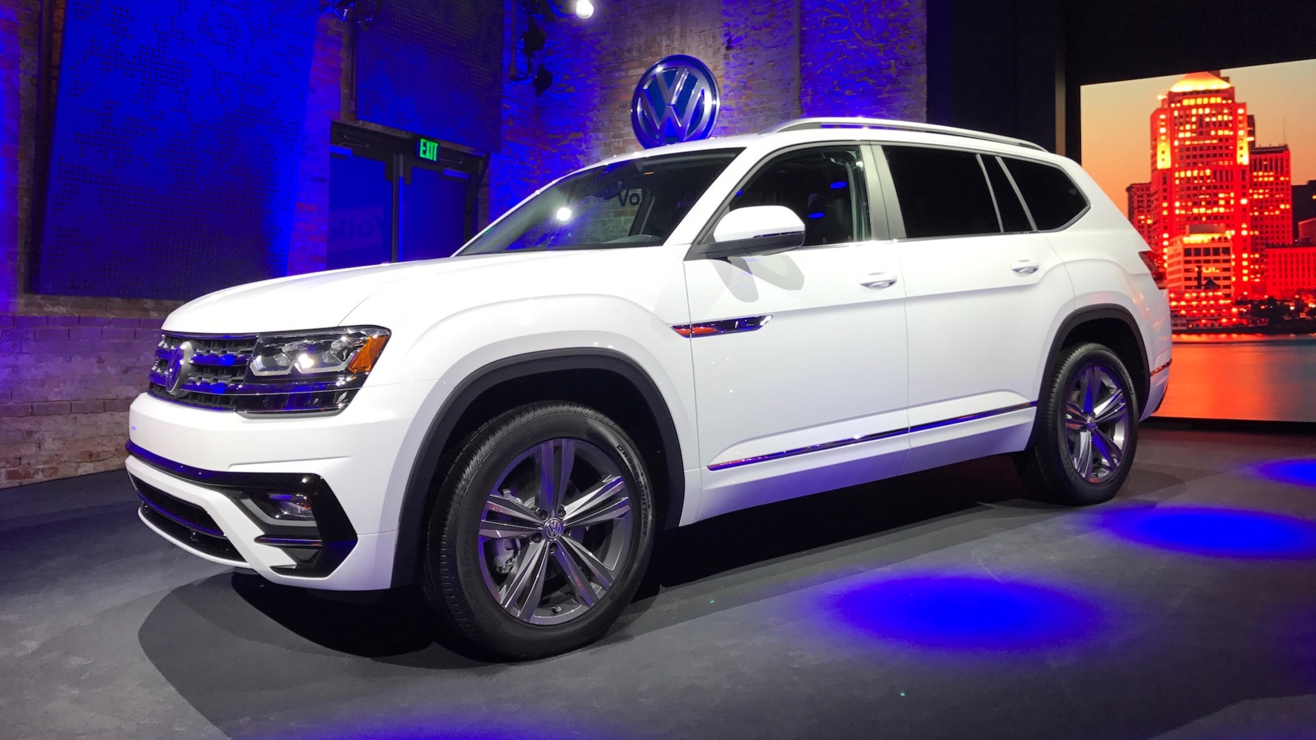 Volkswagen Atlas Pricing Starts At Around 30000 The Drive Gm Engine Each Of American Models Named Hold A Recognizably Large Portion Affordable Suv Category As Woebcken Said Were Used To Seeing Hefty Bigs Like