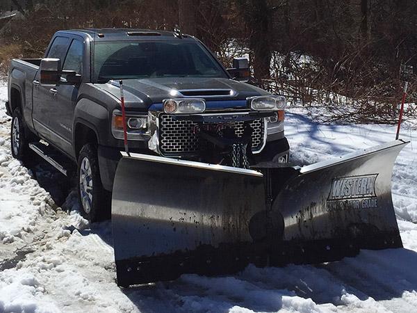 GMC's Sierra 2500HD Denali is the Ultimate Luxury Snowplow ...