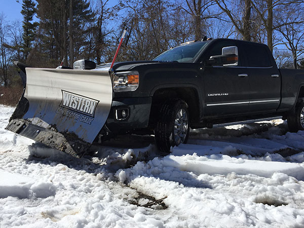 GMC's Sierra 2500HD Denali is the Ultimate Luxury Snowplow ...
