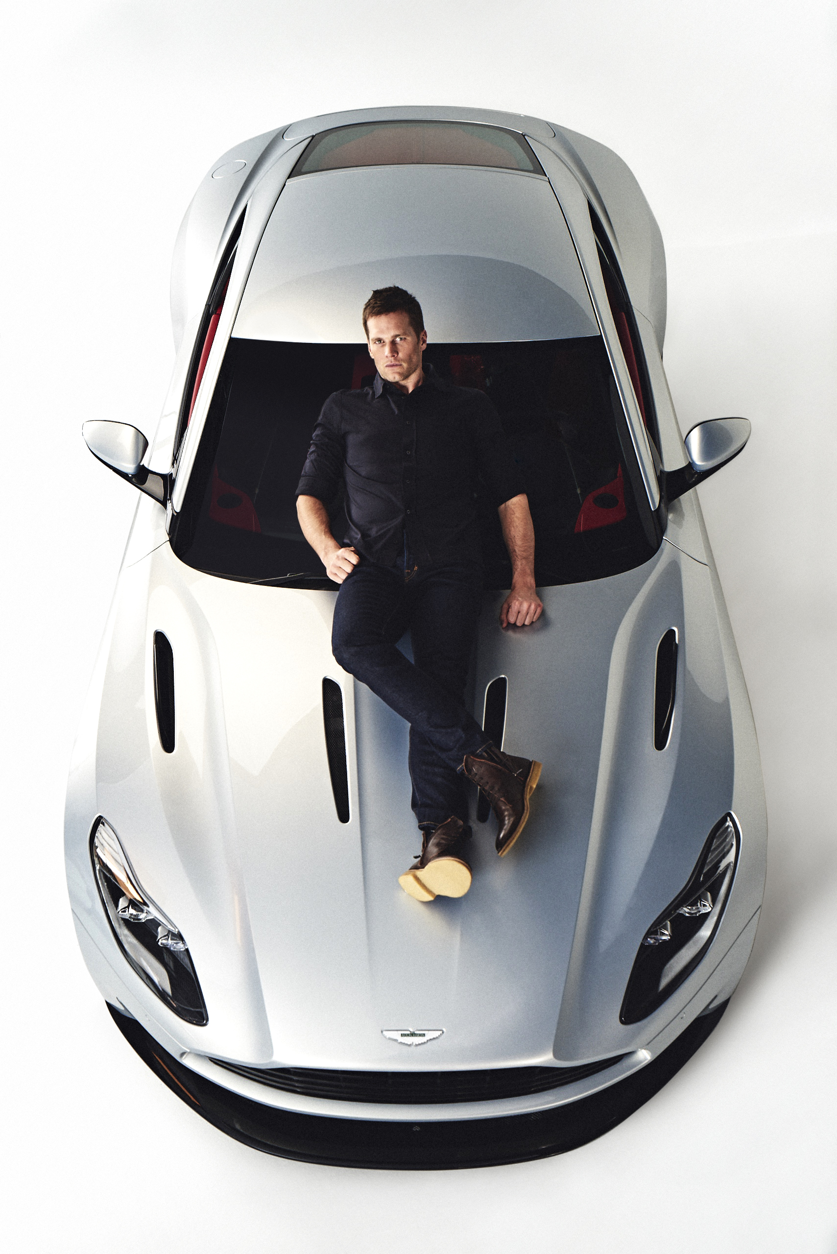 Tom Brady Aston Martin Join Forces For Sponsorship Deal The Drive