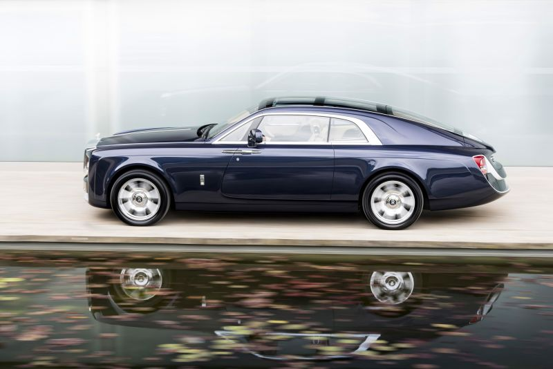 One-Off Rolls Royce Sweptail Makes It World Debut At Villa d'Este