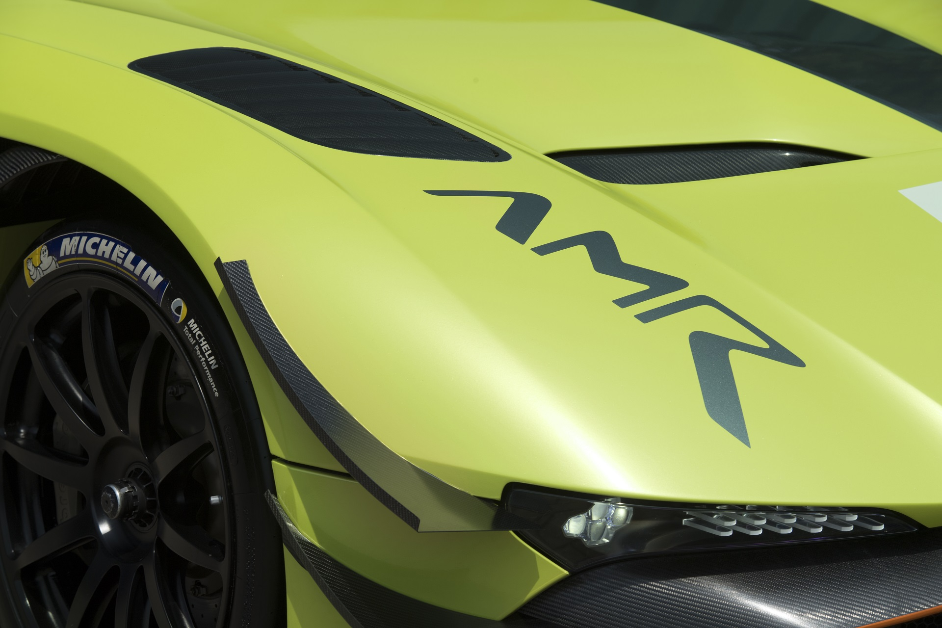 The Aston Martin Vulcan Amr Pro For When Your 800 Hp Hypercar Isn T Hardcore Enough