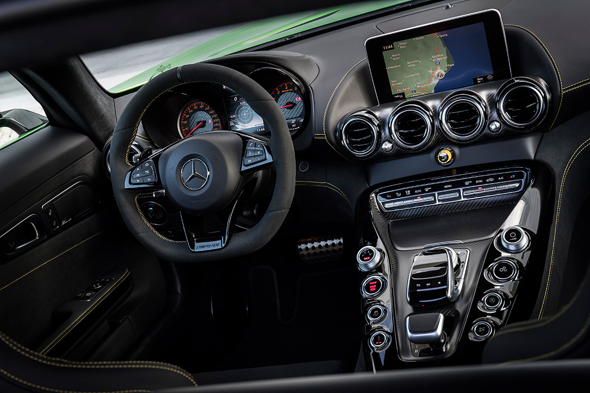 2018 Mercedes Amg Gt R Review A Super Sports Car Capable Of Back Pix For Sound System Setup Diagram Benz Usa