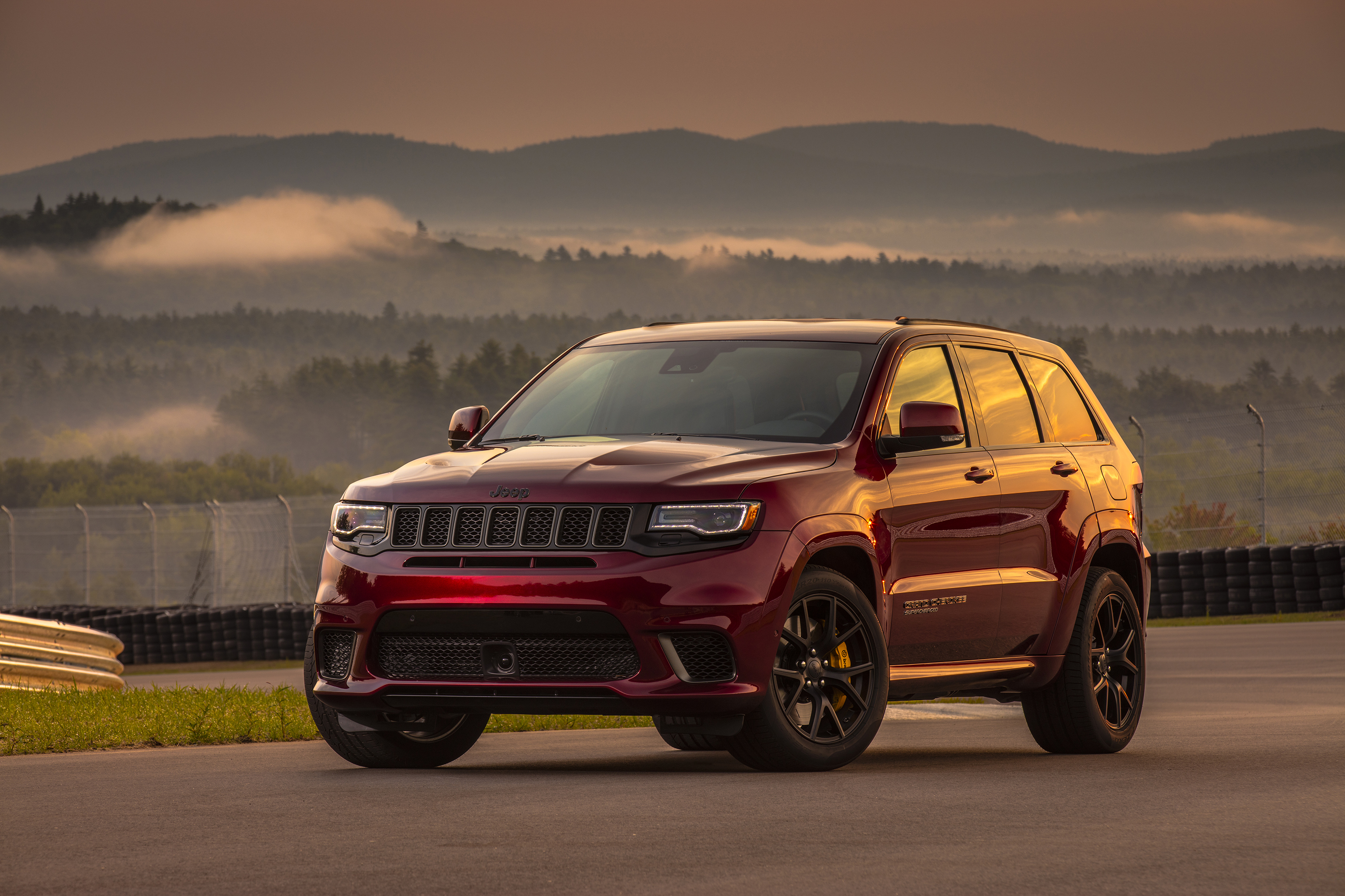Brighten Up Your Labor Day With This 707-HP Jeep Grand ...