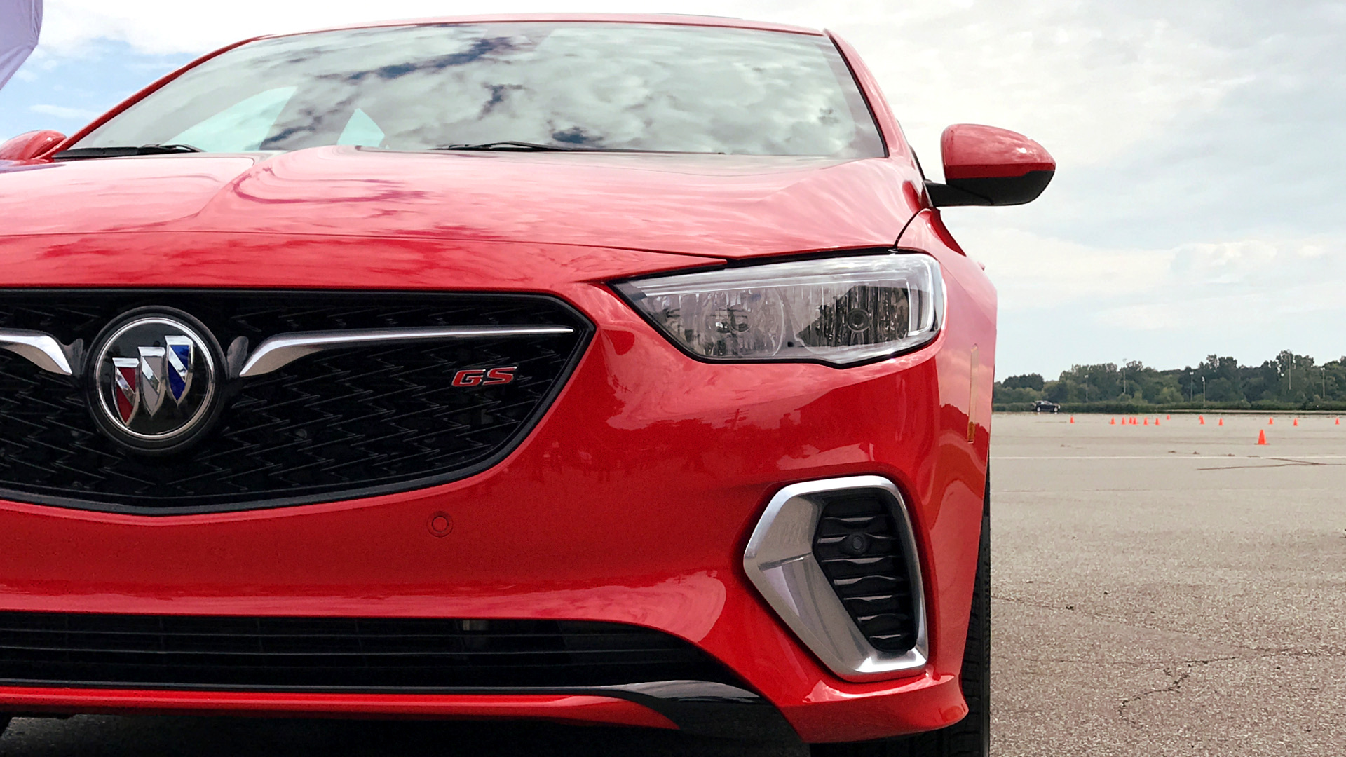 The 2018 Buick Regal Gs Is A Shot In The Arm For The Slumping Sedan