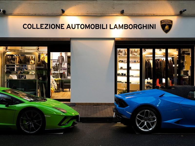 First Lamborghini Clothing Store Opens In Japan The Drive