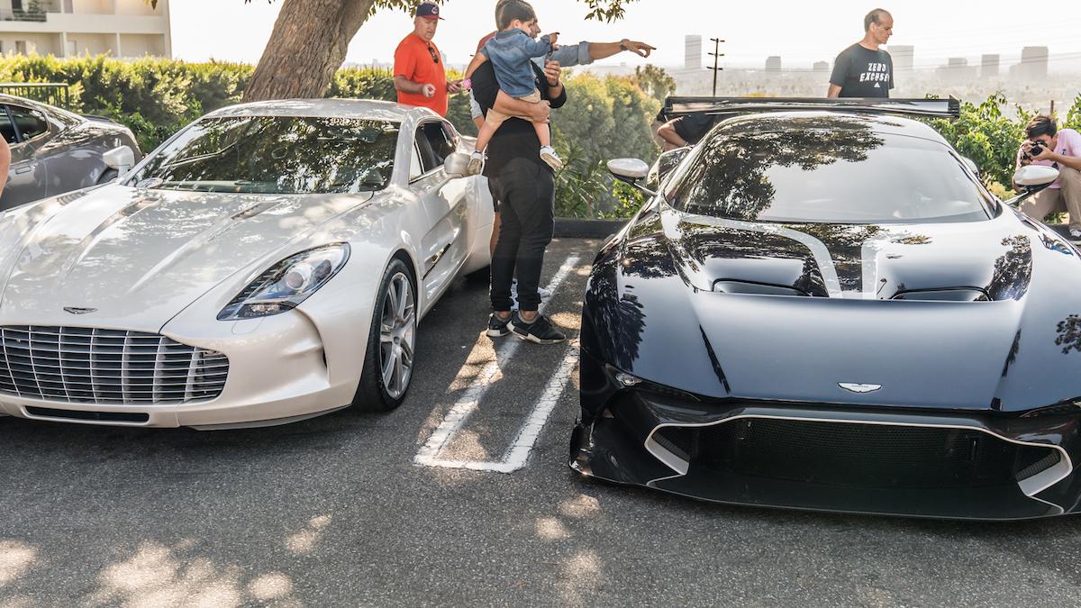 Aston Martin Vulcan Struts Its Stuff At A Los Angeles Car Meet The - Aston martin los angeles