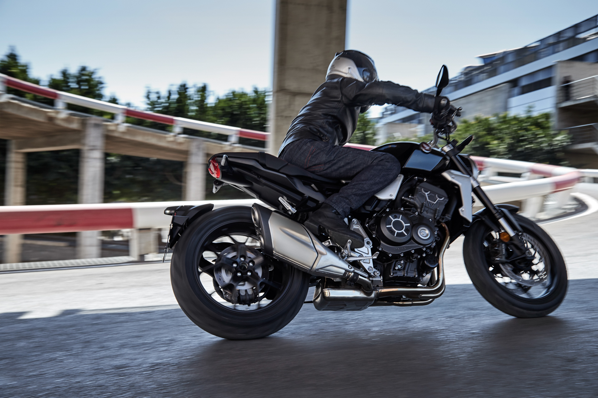Honda Unveils The Neo Sports Cafe As The Cb1000r And We