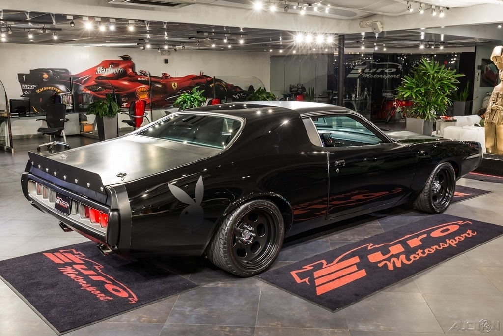 Playboy Themed 1972 Dodge Charger With A Nascar Engine For